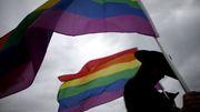 Gouverneur von Arkansas legt Veto gegen geplantes Anti-Transgender-Gesetz ein