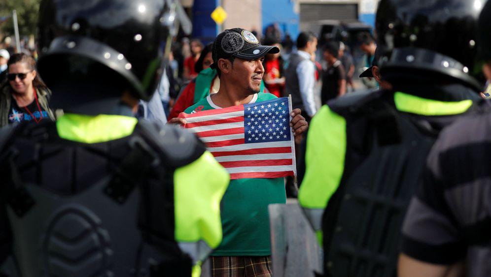 Flüchtlinge auf dem Weg in die USA: Der Druck an der Grenze wächst