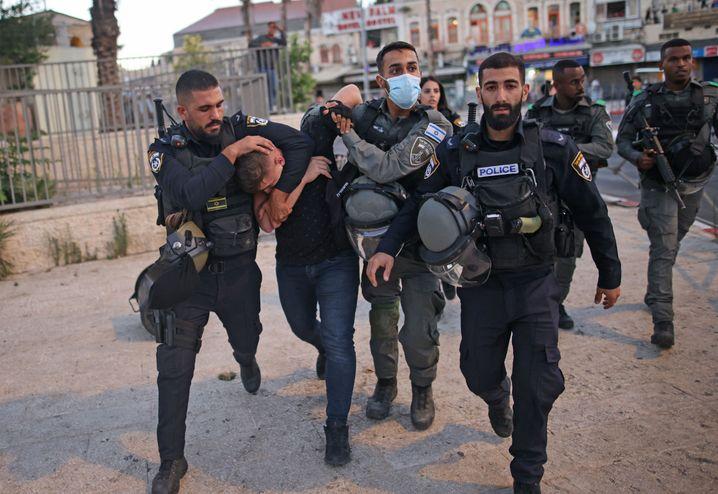 Sicherheitskräfte nehmen in der Nähe des Damaskustors einen Ultranationalisten fest