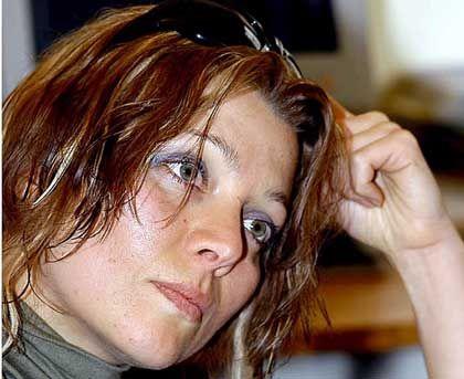 Autorin Safak: Mit dem Strafrecht gegen Schriftsteller