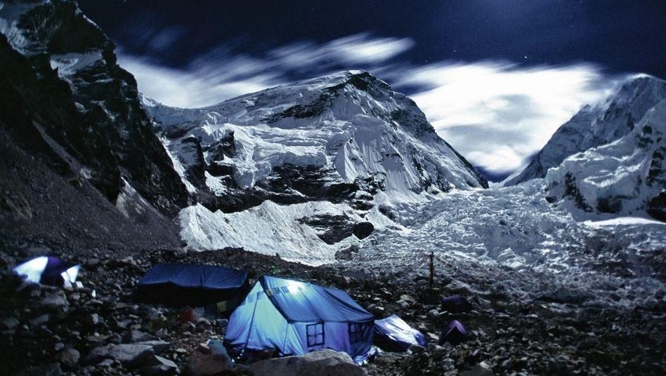 Südseite des Mount Everest unterhalb des Khumbu-Eisfalls: Der Berg ist zum Mekka von Sinnsuchern geworden