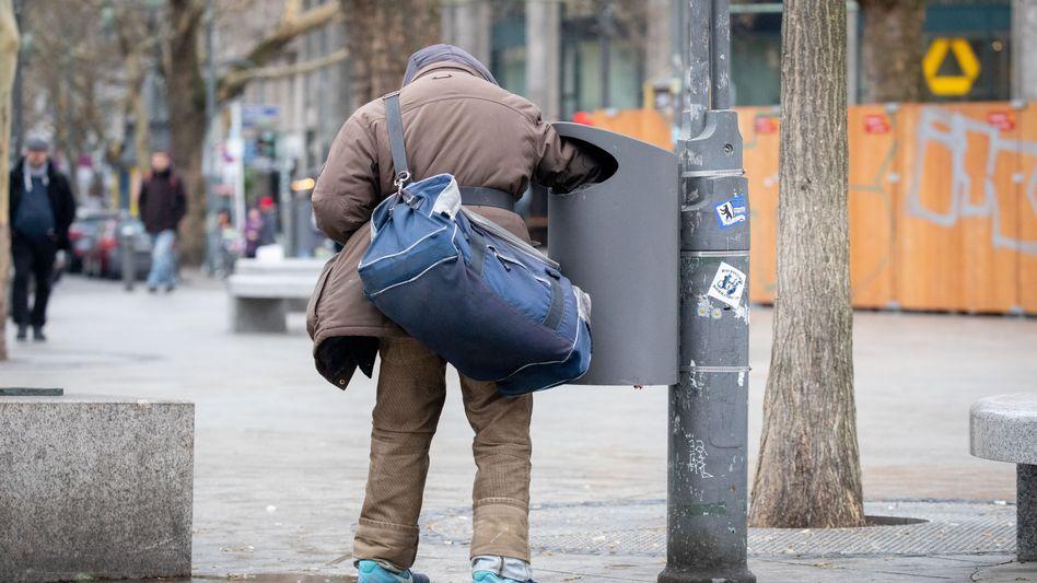 Flaschensammler: Bedürftigkeit steigt