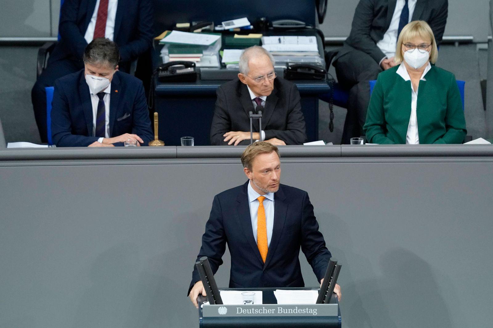 Deutscher Bundestag 195. Sitzung Plenum und Debatte Aktuell, 26.11.2020, Berlin, Christian Lindner (FDP) bei seiner Rede