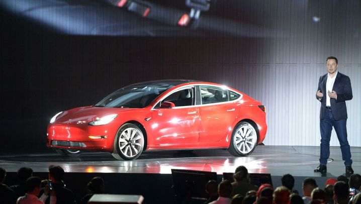 Elektromobilität: Tesla ringt mit der Großserie