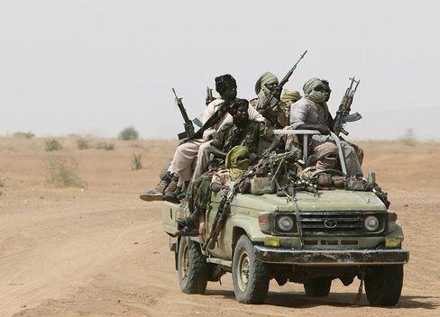 Der Handel mit Kleinwaffen floriert: Hier Rebellen in der sudanesischen Provinz Darfur