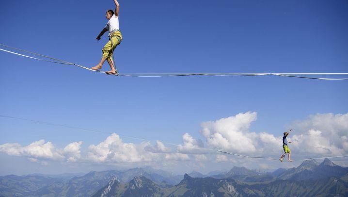Highline Extreme: Balanceakt zwischen Bergen