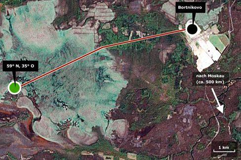 Kilometerweit durch den Schnee: Nach dem Örtchen Bortnikovo führt die Route zum Punkt 59 Nord - 35 Ost nur noch durch unberührte Wildnis