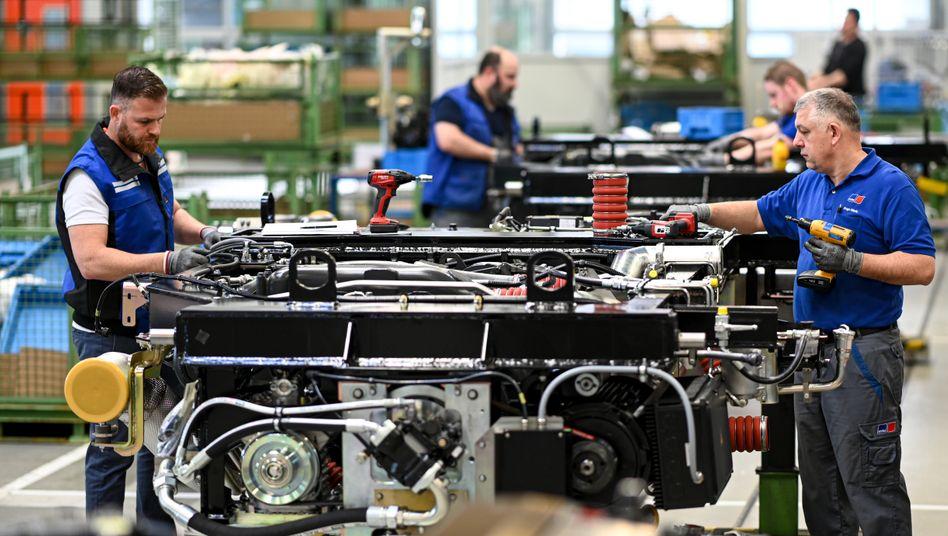 Mitarbeiter von Rolls-Royce Power Systems in Friedrichshafen