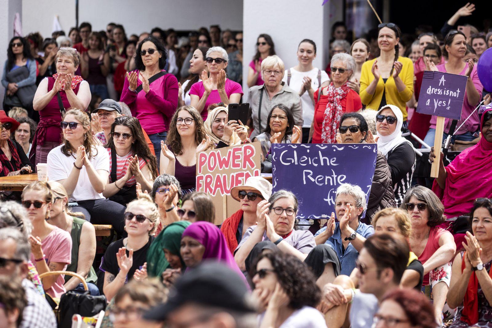 Frauenstreik / Gleichberechtigung / Schweiz
