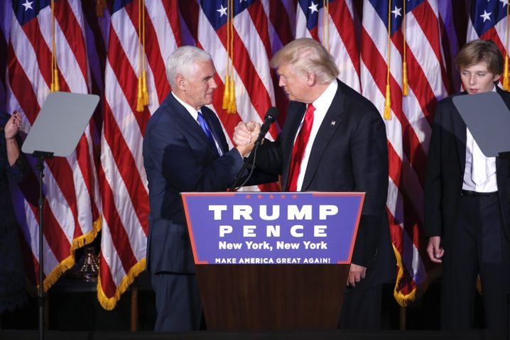 Donald Trump mit Mike Pence