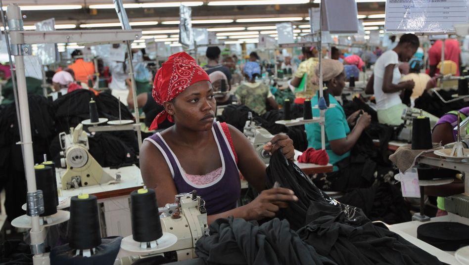Näherin in Haiti: Tageslohn von drei Dollar