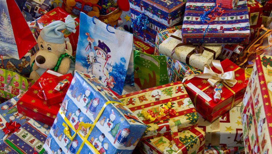 """Weihnachtsgeschenke: """"Ein Bündel Geldscheine ist besser als ein unnützes Buch"""""""