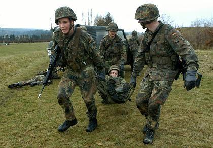Gebirgsjäger der Bundeswehr während einer Gefechtsübung