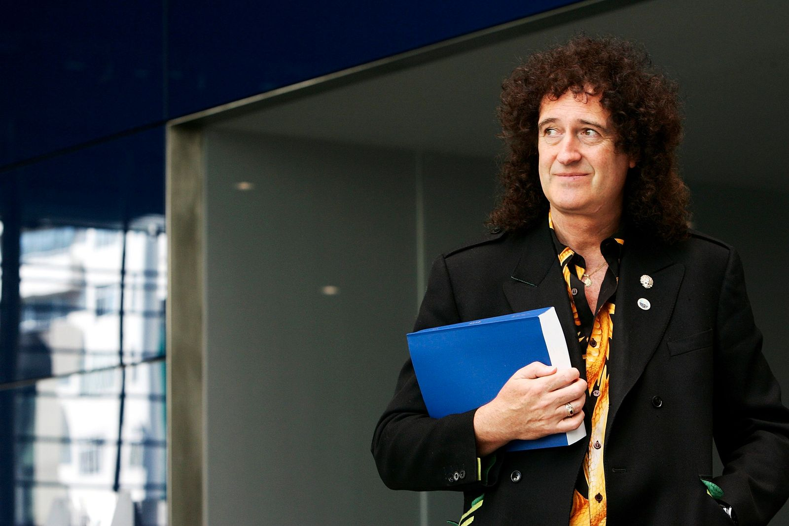 Brian May Submits His Thesis To Imperial College London