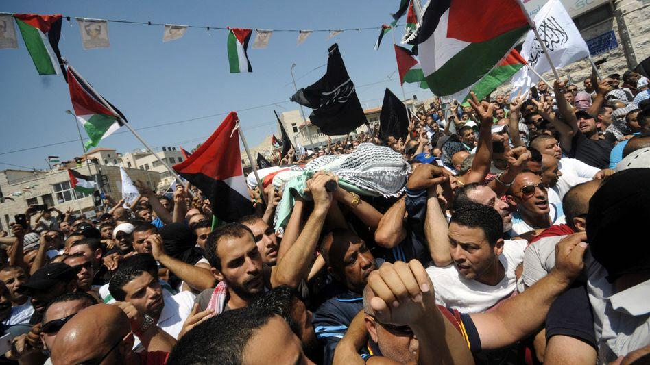 Trauerfeier für Mohammed Abu Chair (Archivbild): Polizei verhaftet erste Verdächtige
