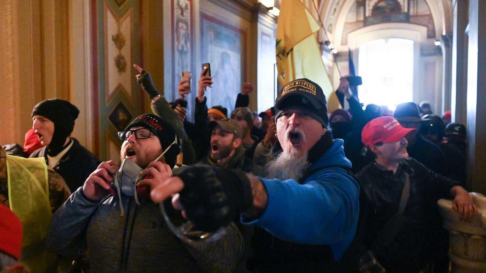 Fanatiker im US-Kapitol am 6. Januar: Aufgehetzt von Donald Trump