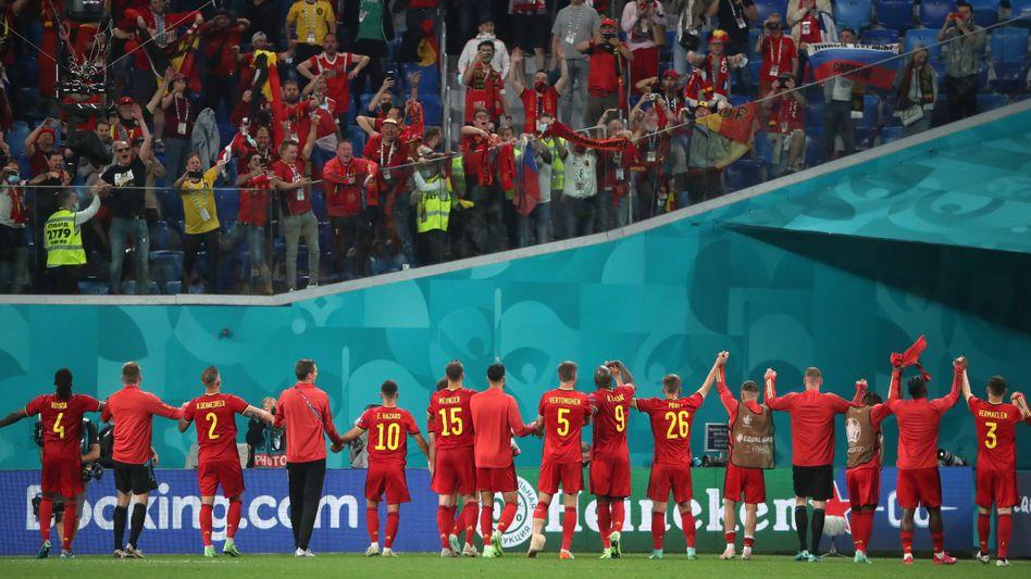 Belgien feiert mit den Fans in Sankt Petersburg