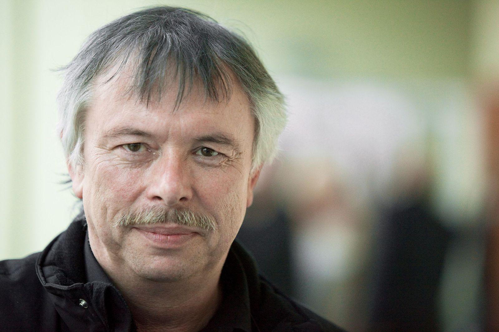 EINMALIGE VERWENDUNG Gerhard Wallmeyer