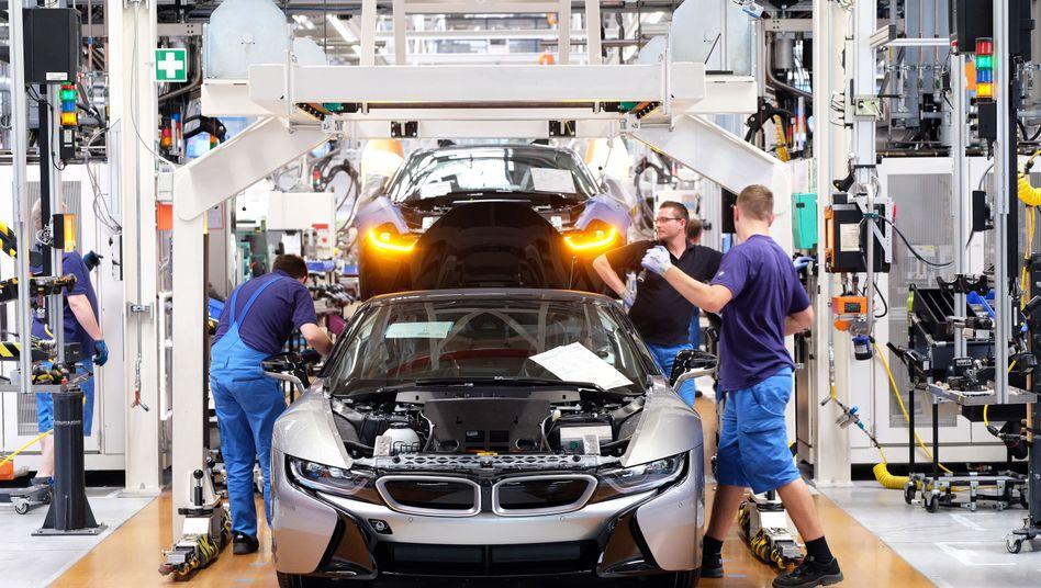 Produktion des E-Modells i8 im BMW-Werk in Leipzig: Der technologische Strukturwandel ruft unter Arbeitnehmern zumeist weder Euphorie noch Hysterie hervor