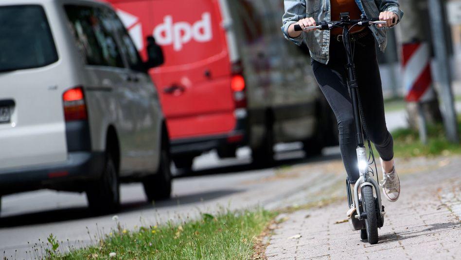 "E-Scooter auf dem Radweg: ""Engpässe in der Verkehrsinfrastruktur"""
