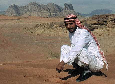 Erst Busfahrer, jetzt Tour-Guide beim Projekt: Der 32-jährige Beduine Nasser Salem Alzwadh