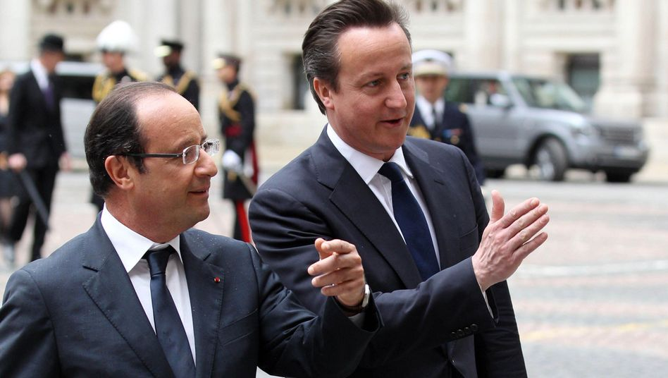 Leading European and German politicians are unhappy with President François Hollande and British Prime Minister David Cameron.