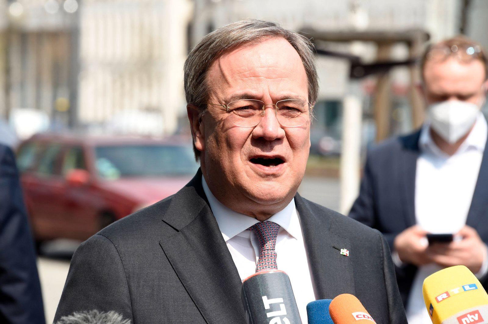 Armin Laschet bei einem Pressestatement zur Kanzlerkandidatur von Annalena Baerbock vor dem Konrad-Adenauer-Haus. Berli