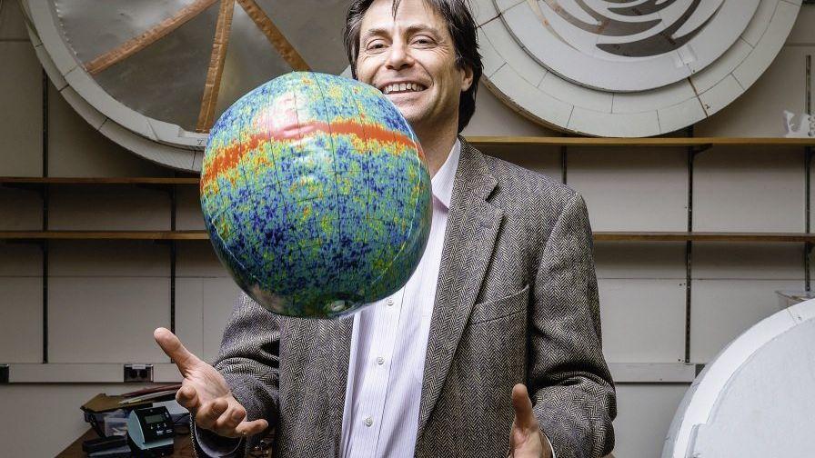Kosmologe Tegmark im MIT-Labor