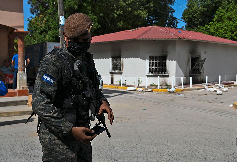 HONDURAS-ARSON-LYNCHING-SCANU