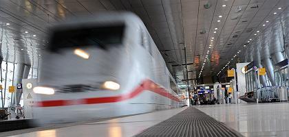 """Deutsche Bahn: """"Vorproduzierte Medienbeiträge"""" als PR-Maßnahme"""