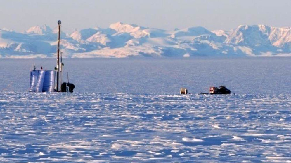 Grönland: Wasserspeicher im Firn