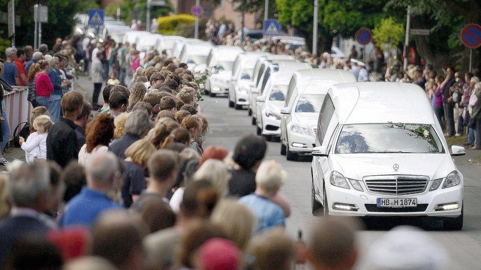 Überführung von Germanwings-Opfern(*): Besonders hohe Entschädigungssumme