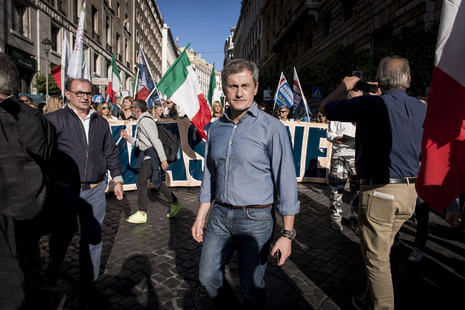 EINMALIGE VERWENDUNG Gianni Alemanno/ Demonstration/ Rom/ Faschisten/ Italien