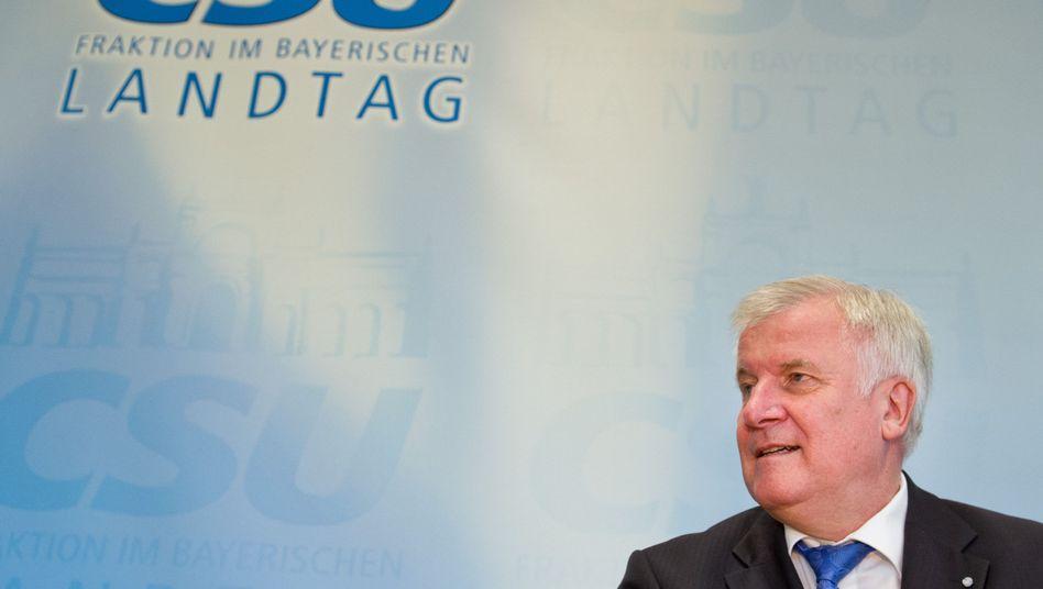 """Ministerpräsident Seehofer: """"Wenn man stark ist, kann man großzügig sein"""""""