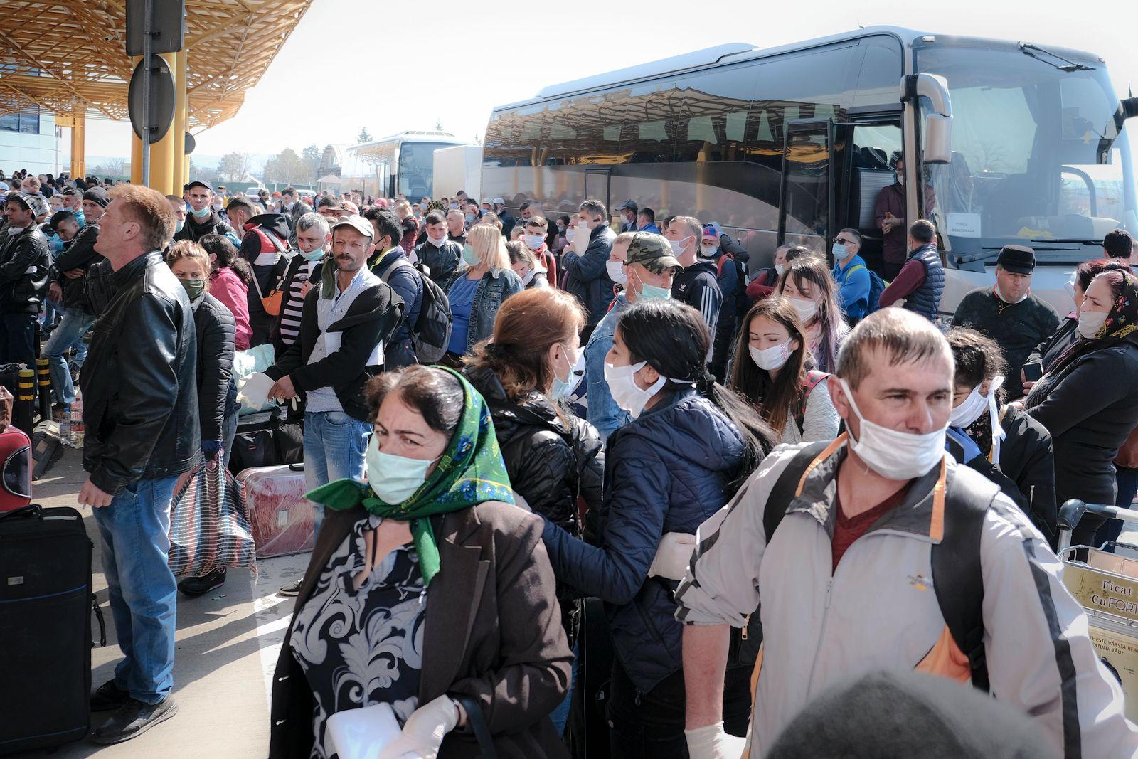 Virus Outbreak Romania Germany Seasonal Workers