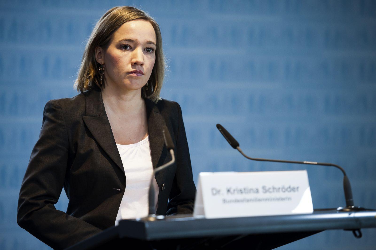 NICHT VERWENDEN Kristina Schröder
