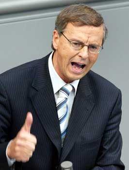 CDU-Politiker Bosbach: Ausgerutscht auf außenpolitischen