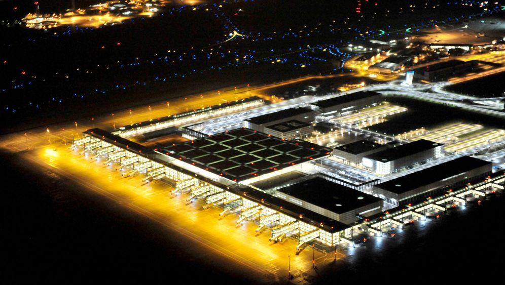 Photo Gallery: Bright Lights at Berlin Airport