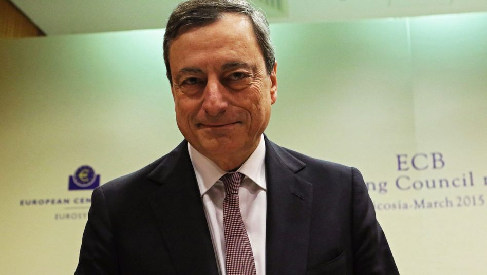 EZB-Anleihekäufe: Draghis Geldschwemme hilft Schäuble