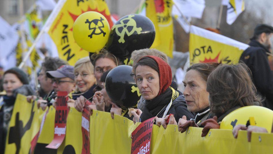 Proteste gegen Ausstiegs-Ausstieg: Atomkoalition spaltet die Republik