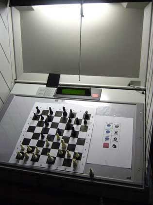 Umgepolt: Dieser gehackte Wahl-O-Mat zählt Schachzüge statt Wählerstimmen
