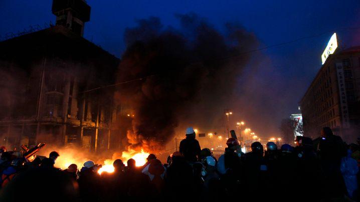 Ukraine: Molotow-Cocktails und scharfe Munition