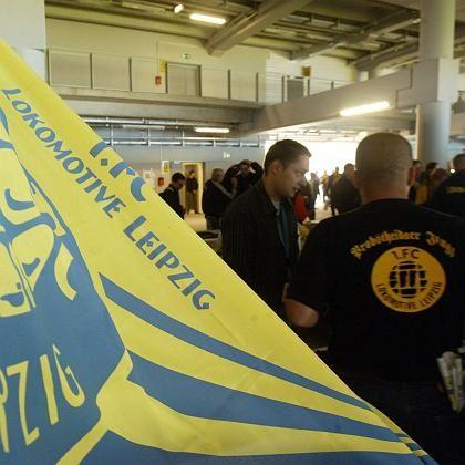 Lokomotive-Flagge: Verein droht Verbandsausschuss