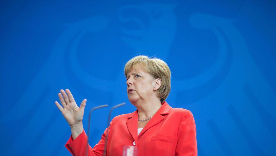 Kanzlerin Merkel: 4000 deutsche Soldaten für Osteuropa-Truppe