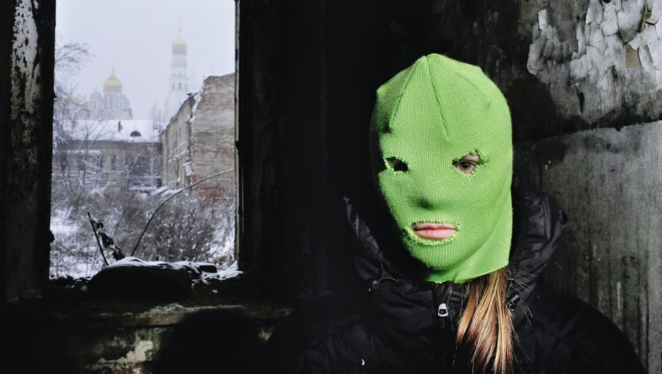 Aktivistin Kater, Kreml-Türme