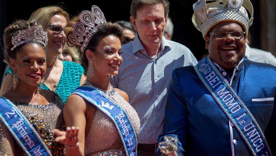 Rios Bürgermeister Marcelo Crivella (2. v. r.) bei der Eröffnung des Karnevals 2018