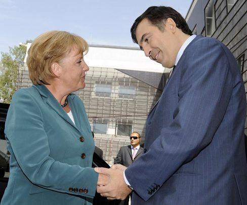 """Merkel und Saakaschwili: """"Georgien wird Mitglied der Nato werden"""""""