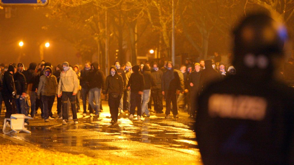 Straßenschlacht: Randale in Rostock