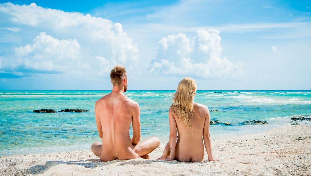 """RTL-Show """"Adam und Eva"""": Nackte Narrenschau"""