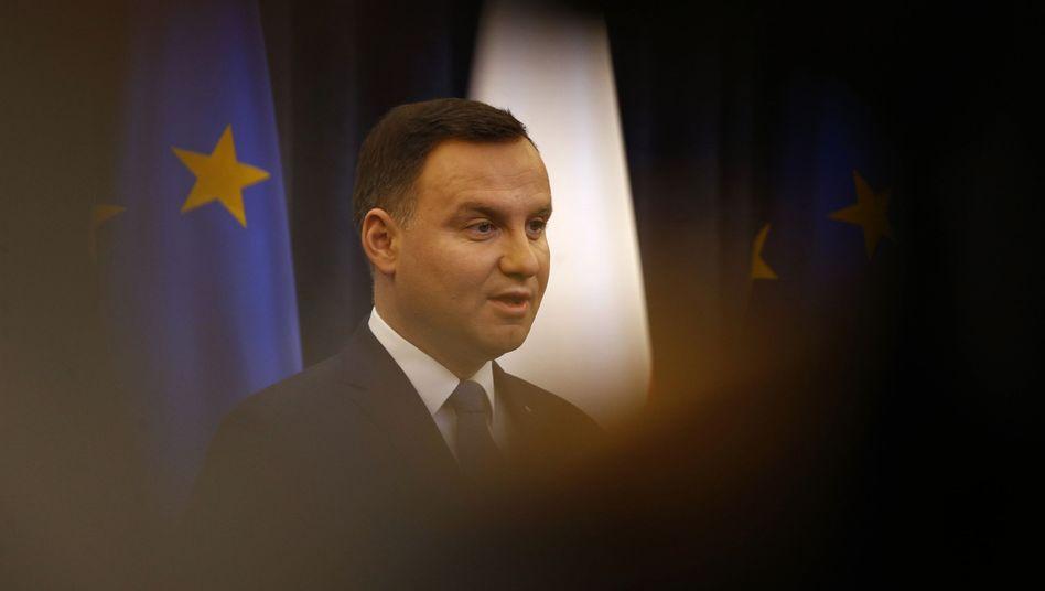 Polens Präsident Duda: Umstrittenes Gesetz unterzeichnet